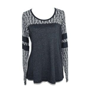 Prana Grey White Geometric Print Long Sleeve Top
